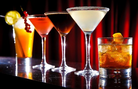 dependenta alcool craciun bauturi non-alcoolice cocktails non-alcoholic addiction christmas