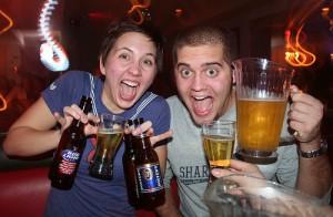college drinking consumul excesiv de alcool bautura